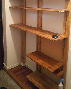 Diy Home Crafts, Diy Home Decor, Walk In Closet, Home Organization, Furniture Makeover, Storage Spaces, Dyi, Shelves, Interior