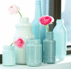 painting glass juice bottles for vases