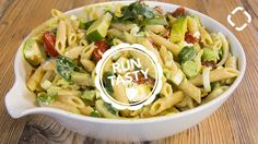 Yummy Creamy Avocado Pasta Salad for Your Next Lunch Healthy Pastas, Healthy Recipes, Delicious Recipes, Creamy Avocado Pasta, Feta Cheese Nutrition, Runners Food, Sports Food, Big Meals, Pasta Dishes