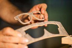 #Makeit, il brand che produce #occhiali #artigianalmente in legno e personalizzabili, sembra impossibile ma è realtà!