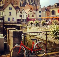 Amiens, les canaux - Picardie Escapade Gourmande, Amiens, Holy Roman Empire, Macaron, Luxembourg, Belgium, Arums, Netherlands, Westerns