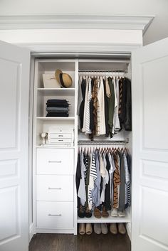 ideas for small master closet organization ideas walks Small Closet Design, Small Closet Storage, Closet Drawers, Bedroom Closet Design, Master Bedroom Closet, Closet Designs, Diy Drawers, Closet Doors, Small Master Closet
