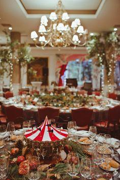 Mesa de boda inspirada en las navidades victorianas  Vía @casildasecasa