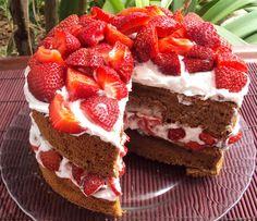 Nárwen's Cuisine: Doces: Bolos Chocolate Bark, Strawberry Sponge Cake, Birthday Cakes, Old School Candy, Sweet Recipes