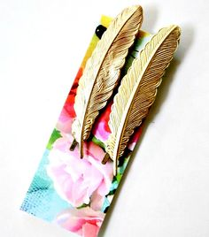 Vintage looking- Golden Feather Bobby Pin Set by NestPrettyThingsShop