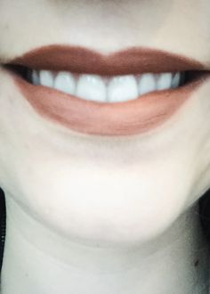 How To Make A Glossy Lipstick Matte
