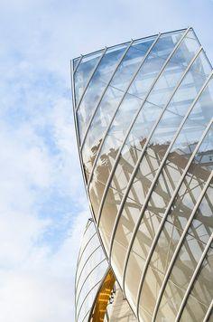 Photo de l'architecture de la Fondation Louis Vuitton, Paris