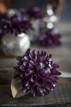 Stunning DIY Paper Dahlia Flowers make great Christmas gifts and holiday decor How To Make Paper Flowers, Paper Flowers Diy, Handmade Flowers, Flower Crafts, Fabric Flowers, Craft Flowers, Mason Jar Diy, Mason Jar Crafts, Diy Fleur