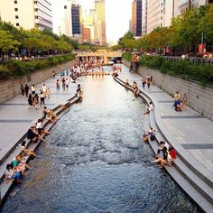 Cheonggyecheon, SEOUL, KOREA