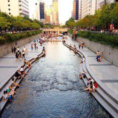清溪川Cheonggyecheon, SEOUL, KOREA