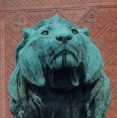 The wisdom of animals Copenhagen, Lion Sculpture, Wisdom, Statue, Architecture, Cats, Pictures, Animals, Arquitetura