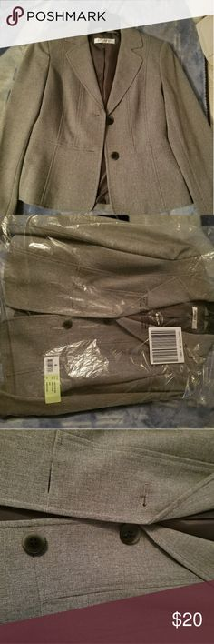 NWT Kasper Blazer Literally brand new with the hanger and plays wrap from Macy's. Willing to negotiate but Paid full price for it and ended up not using it, so its in perfect condion. Keep that in mind. t's gray with black/brown buttons. Very classy. Business look. Size 4. Looks great paired with a black solid skirt. Kasper Jackets & Coats Blazers