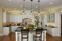 Beechtree Bay - traditional - kitchen - charlotte - Grainda Builders, Inc.  TILE: 2 X 4 TUSCAN MIX MOSAIC