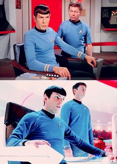 Team Blue, TOS Trek & nuTrek: Spock (Leonard Nimoy and Zachary Quinto) and McCoy (DeForrest Kelley and Karl Urban). This just makes my inner geek very happy.