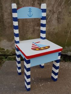 Risultati immagini per sillas thonet pintadas turquesa y rojo Painted Wooden Chairs, Whimsical Painted Furniture, Graffiti Furniture, Kids Furniture, Baby Decor, Kids Decor, Decor Crafts, Wood Crafts, Childrens Rocking Chairs