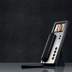 SSS Siedle Indoor Handset with optional desktop mount.