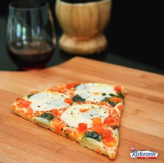 Try Pizza #Mozzarella with a glass of chianti this #WineWednesday. What's your favorite #pizza and #wine pairing?