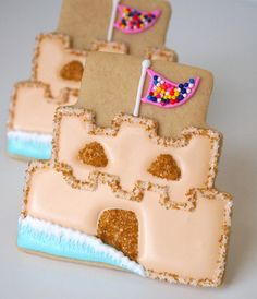 Sand Castle Cookies, made using a wedding-cake cookie cutter, from Make Me Cake Me.