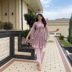 Stylish Dress Designs, Stylish Dresses, Fashion Dresses, Kebaya Muslim, Russian Fashion, Indian Wear, Designer Dresses, Bride, Instagram Posts
