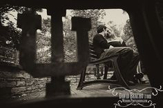 LOVE this IU engagement photo  from photographer David Bracho!