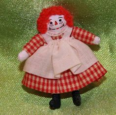 1-Artist Made~Miniature~ Raggedy Ann 1-9/16 inches tall~ Doll House~Doll Toy #unknown