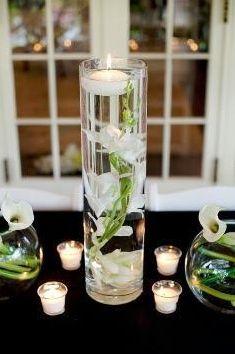 sumbmersible flower centerpieces.jpeg