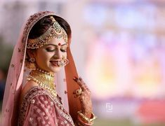 Cutipieanu Bridal Poses, Bridal Shoot, Wedding Poses, Bridal Portraits, Wedding Bride, Marriage Poses, Punjabi Bride, White Wedding Gowns, Indian Bridal Makeup