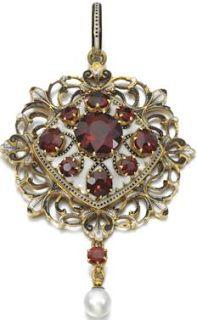 Carlo Giuliano Garnet, pearl and enamel on gold pendant