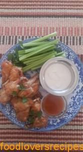 SPUR BUFFALO WINGS Buffalo Wings, Wing Recipes, Potato Salad, Lovers, Chicken, Ethnic Recipes, Food, Kitchens, Eten