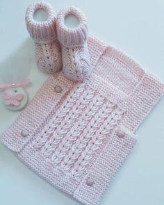 Kahve Çekirdeği Örgü Modeli Bebek Yeleği Yapılışı 11 Baby Clothes Patterns, Baby Knitting Patterns, Free Knitting, Clothing Patterns, Sewing Patterns, Crochet For Kids, Crochet Baby, Travel Size Products, New Baby Products
