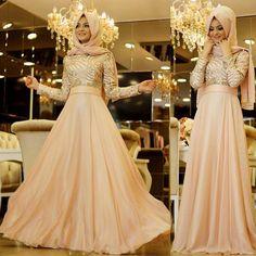 En Beğenilen Tesettür Abiye Modelleri Özellikle Düğün ve Özel Günlerde Sıkça Tercih Edilen Birbirinden Özel Çeşitlerden Oluşuyor ! Muslim Wedding Dresses, Muslim Dress, Wedding Dress Styles, Bridal Dresses, Prom Dresses, Long Dresses, Muslim Women Fashion, Islamic Fashion, Modele Hijab