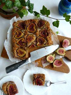 Fresh Fig Dessert Cake – Paleo, Gluten Free Fig Dessert, Dessert Drinks, Dessert Recipes, Kinds Of Desserts, Fall Desserts, Fig Cake, Fresh Figs, Paleo Treats, Foods With Gluten