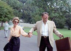 Donald Trump House, Nancy Reagan, President Ronald Reagan, Republican Presidents, Camp David, People Of Interest, Fancy Nancy, Walking By, Vanity Fair