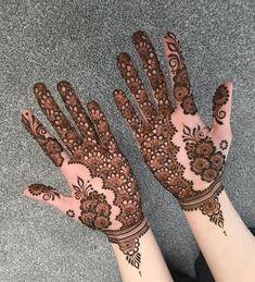 Mehndi Designs Front Hand, Mehandhi Designs, Henna Tattoo Designs Simple, Back Hand Mehndi Designs, Stylish Mehndi Designs, Mehndi Design Photos, Mehndi Simple, Beautiful Mehndi Design, Latest Mehndi Designs
