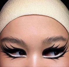 Trendy Makeup Ideas : style, pretty et beauty image sur We Heart It Punk Makeup, Edgy Makeup, Grunge Makeup, Makeup Goals, Makeup Inspo, Makeup Art, Makeup Inspiration, Beauty Makeup, Fashion Inspiration