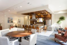 Resident Lounge At Uptown Village At Townsend Apartments