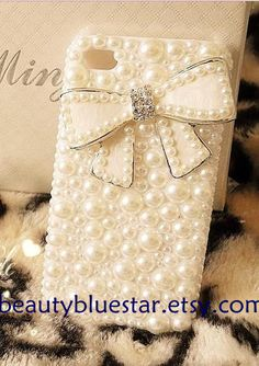 Pearl Bow iPhone 5 cover44s casesPearl Cell by beautybluestar, $24.90 #lulusholiday