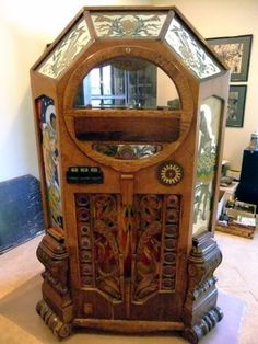 Wurlitzer Victory had a rotary selection.most other bubbler wurrlys Jukebox, Arcade, Rock And Roll, Music Machine, Slot, Record Players, Phonograph, Vintage Music, Old Antiques