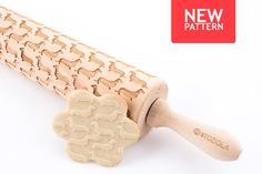 Engraved rolling pin with Dachshund pattern #rollingpin #dachshund #stodola