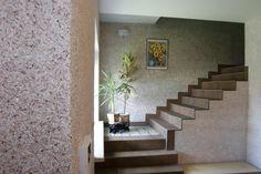 Interior casa amenajat cu tapet lichid Stairs, Interior Design, Wallpaper, Home Decor, Nest Design, Stairway, Decoration Home, Home Interior Design, Room Decor
