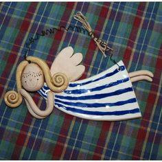 keramický anděl - Hledat Googlem: Ceramic Clay, Ceramic Pottery, Pottery Angels, Clay Angel, Clay Art Projects, Ceramic Angels, Christmas Clay, Christmas Crafts, Christmas Ornaments
