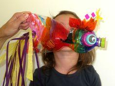 Plastic petfles omgetoverd in tropische vis op de workshop Budget knutselen van Wij Kids en Kunst en Kolder