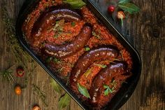 Sausages in spicy sauce - Klobásky v pikantnej omáčke - Mňamky-Recepty. Spicy Sauce, Sausage Recipes, Barbecue, Brunch, Meat, Chicken, Food, Sausages, Parties