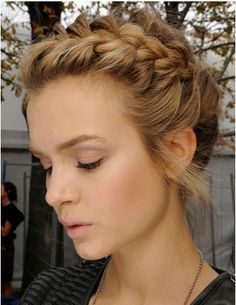 30 Cute Braided Hairstyles For Women girly hair girl updo hair ideas braided hair hairstyles girls hair hair updos hairstyles for girls hair styles for women braided updos braided hairstyles Up Hairstyles, Pretty Hairstyles, Wedding Hairstyles, Hairstyle Ideas, Medium Hairstyles, Formal Hairstyles, Short Haircuts, Summer Hairstyles, Modern Haircuts