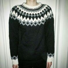 Islandsgenser strikket i Nepalgarn Homemade, Wool, Sweaters, Fashion, Moda, Home Made, Fashion Styles, Sweater, Fashion Illustrations