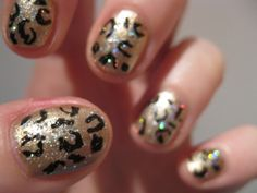 20 Fantastic and Simple Sharpie Nail Art Designs Tiger Stripe Nails, Leopard Print Nails, Chevron Nails, Argyle Nails, Love Nails, How To Do Nails, Fun Nails, Pretty Nails, Hallographic Nails