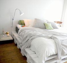 รีวิว-คอนโด-review-your-living-คอนโดติดรถไฟฟ้า-Idea-ไอเดีย-แต่งบ้าน-แบบบ้าน-DIYเตียงนอนจากไม้พาเลท (7)