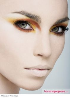 This wild party eye makeup idea screams for an 'all eyes on me' attitude. Use your application skills to create a complex and neat look. Work with a rich hue palette to have all the must have shades that help you rock an exquisite look.