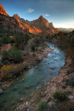 Watchman Sunset @ Zion National Park (by vtgohokies)