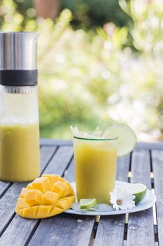 Mango Matcha Brasil Tea mit Mango, Ananas, Matcha und Limetten / Ice Tea with mango, pineapple, matcha tea and limes / Backbube - Foodblog